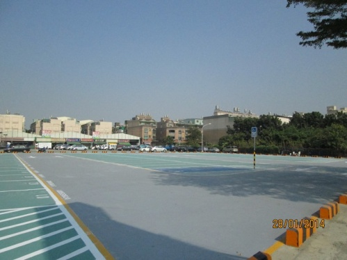 Longhua Public Parking Lot - Renovated